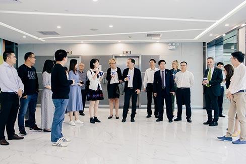 瑞典林雪平市市长与广州市天河区领导一行到访至真科技